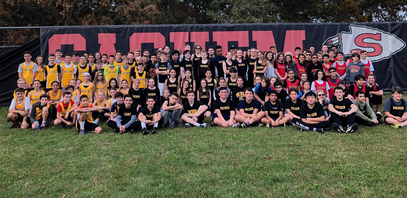 Sachem Middle Schoolers Compete in Districtwide Cross-Country Meet