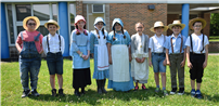 Hiawatha Students Explore Colonial Times photo  thumbnail131452